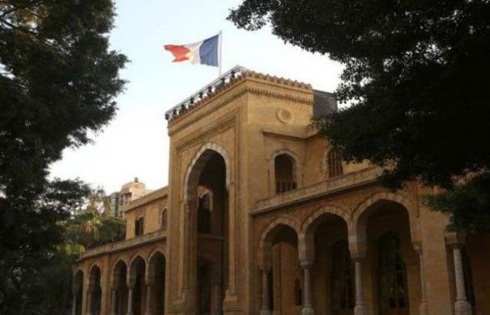 العامل الفرنسي ضاغط بقوة لتشكيل الحكومة سريعًا