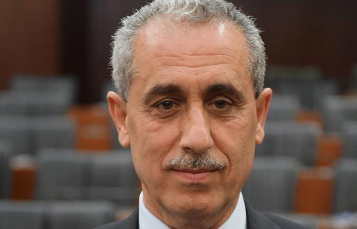 """خواجة: أوّل من ينطبق عليه عبارة """"سيعضّون أصابعهم ندامة"""" هو الحريري"""