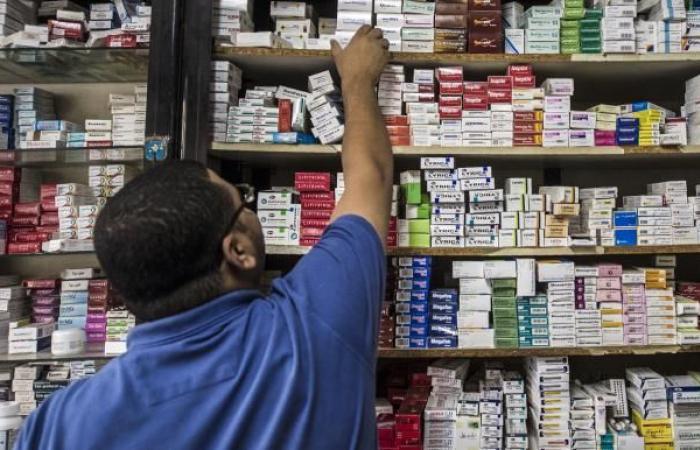 المصريون يترقبون ارتفاعاً جديداً لأسعار الأدوية الشهر المقبل