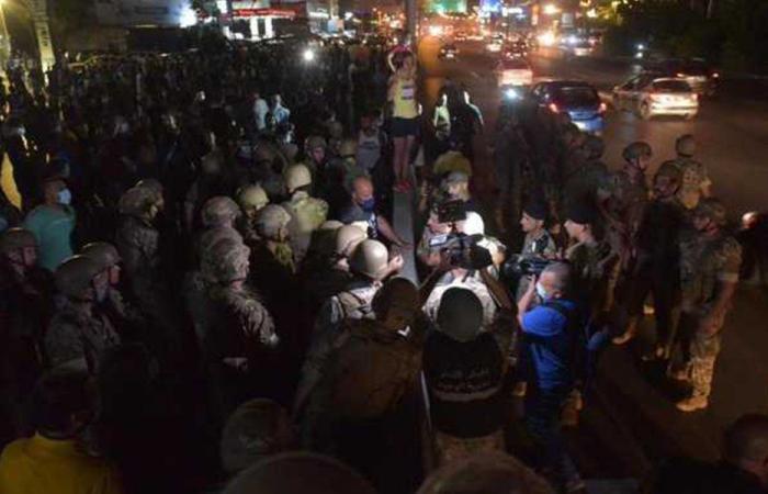 تحرّك احتجاجي على أوتوستراد جل الديب
