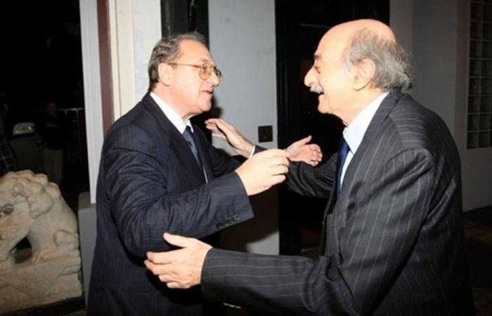 الأوضاع في لبنان بين بوغدانوف وجنبلاط