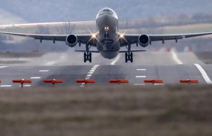شركات الطيران تطلق العنان لمزيد من ناقلاتها إلى الأجواء رغم كورونا