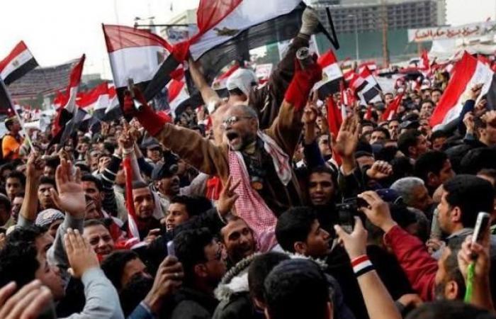 السيسي يبتز رجال الأعمال لسداد مخالفات التصالح عن المصريين