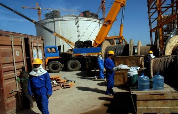 تزايد الدعوات اليمنية لإخراج قوات موالية للإمارات من منشأة نفطية