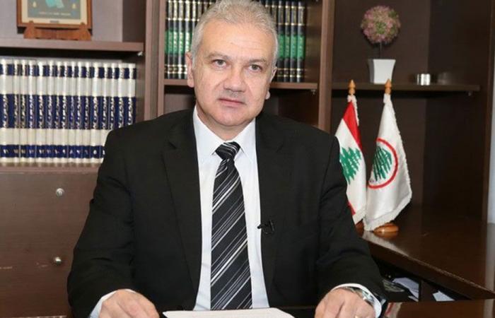 """كرم لـ""""سيد حسن"""": مبادرات أصدقاء لبنان الإنقاذية لن تكون حسب إرشاداتكم"""