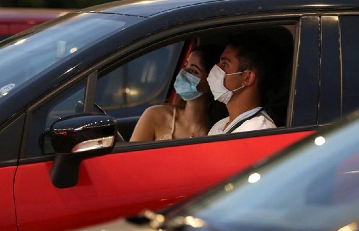 إصابات كورونا في لبنان تتخطّى الـ40500 حالة