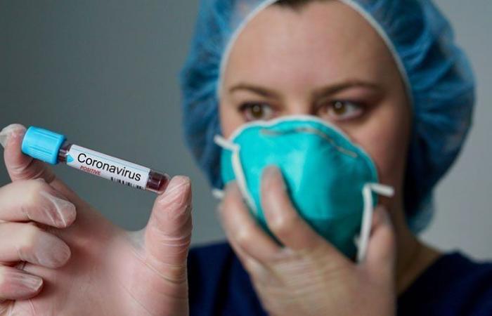 """""""فايزر"""" تحدد موعد طلب الترخيص الرسمي للقاحها"""