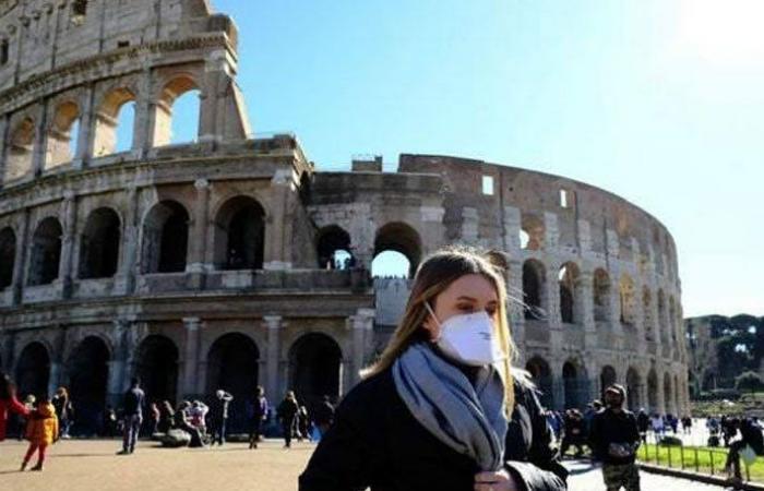 """""""كورونا"""" يفرض حظر التجول والتعليم عن بعد في ايطاليا"""