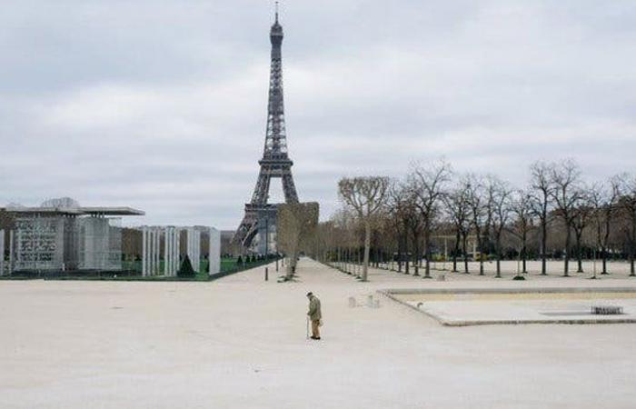 فرنسا تسجل أكثر من 30 ألف إصابة في يوم واحد