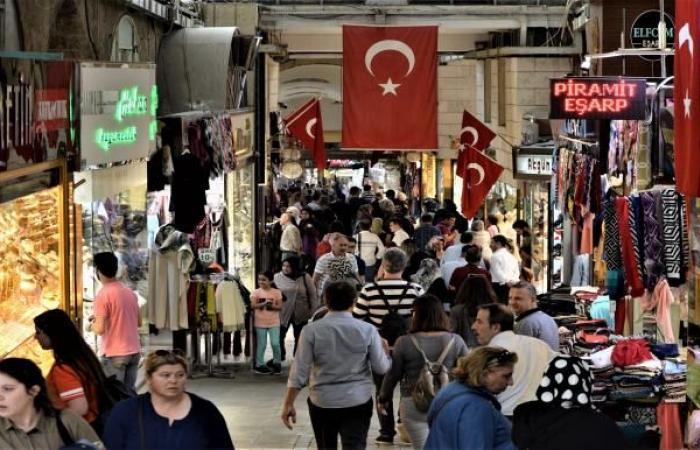 حملة شعبية لدعم منتجات تركيا بمواجهة دعوات المقاطعة السعودية