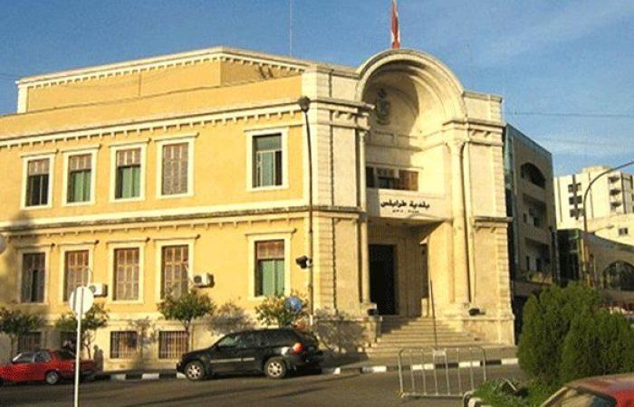 بلدية طرابلس توضح: لا صورة للأسد ولا علم لسوريا!