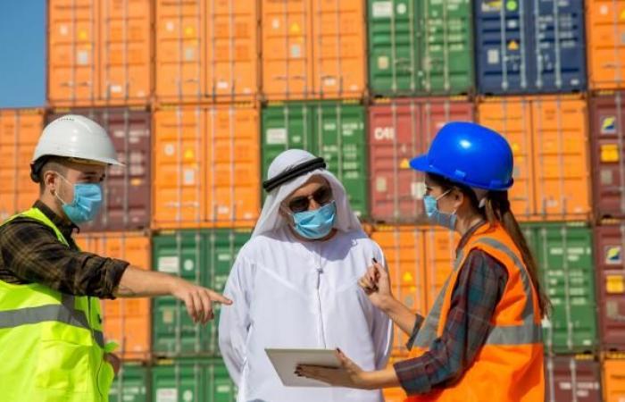 بريطانيا تطمح إلى تعزيز روابط التجارة مع قطر وعُمان