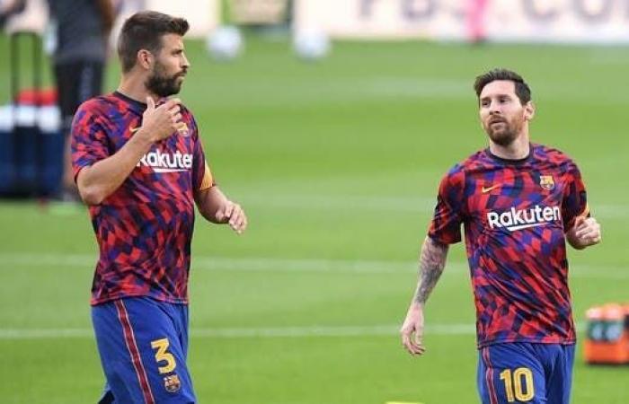 """قبل """"الكلاسيكو"""".. بيكيه ينتقد برشلونة بسبب ميسي"""