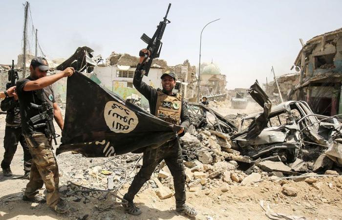 """""""داعش"""" يتبنى الهجوم الانتحاري في كابول"""