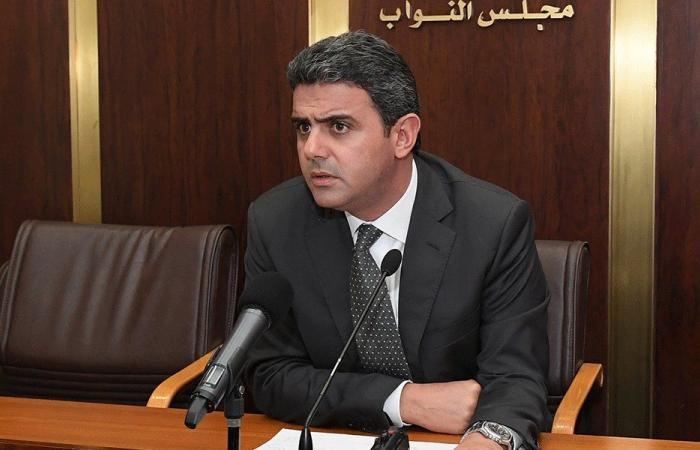 الحواط أعلن تصليح آليات الدفاع المدني على نفقته