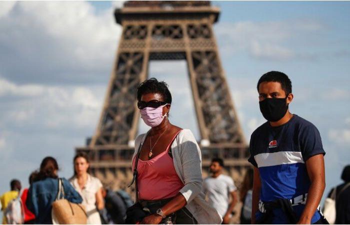 فرنسا تمدد حالة الطوارئ حتى شباط