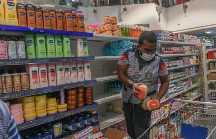 فرنسا تحث دول المنطقة على وقف مقاطعة منتجاتها