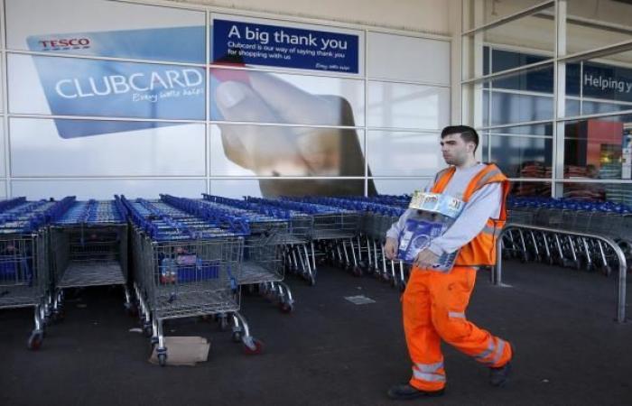 انخفاض مبيعات التجزئة في بريطانيا مع ضعف الاقتصاد