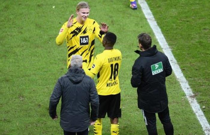 موهبة دورتموند يصبح أصغر لاعب في تاريخ الدوري الألماني