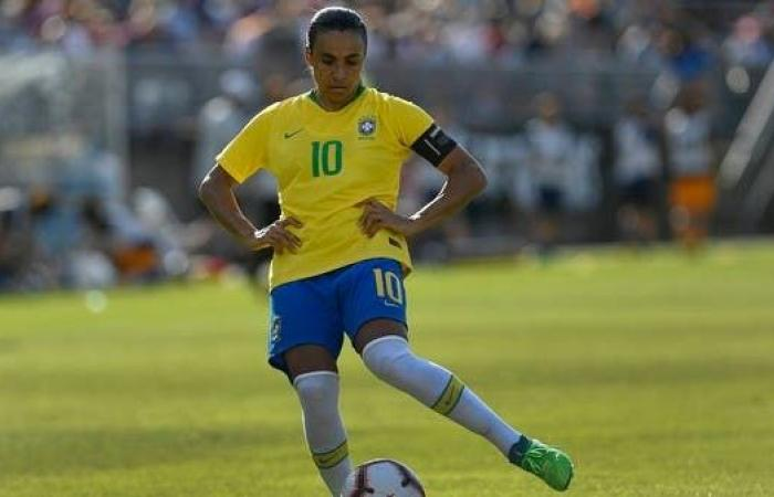 إصابة أفضل لاعبة في العالم بفيروس كورونا