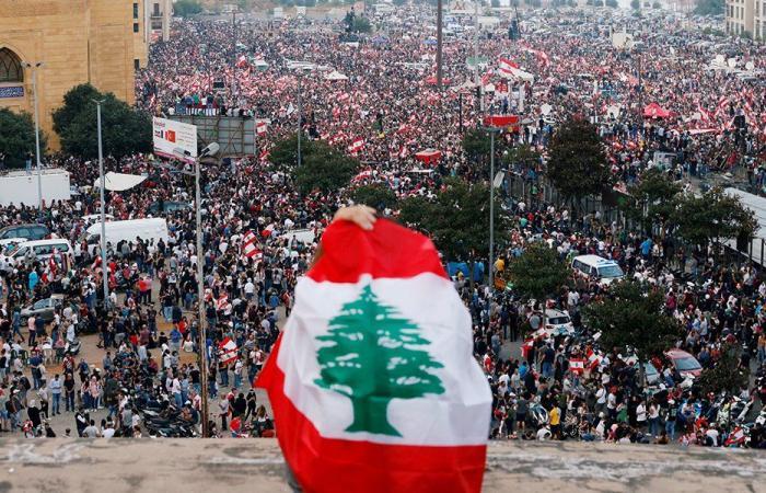 """لبنان الثاني عالمياً بحجم """"التضخم"""""""