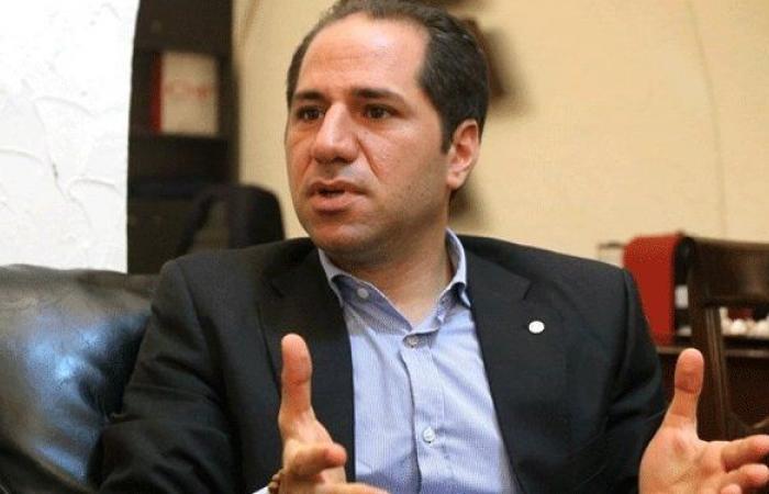 """الجميل: """"الحزب"""" يأخذ لبنان رهينة ويحمي الفساد"""