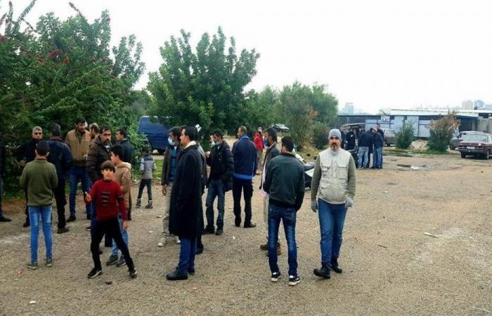 اللاجئون أمام مركز الأمم المتحدة في طرابلس: نريد مأوى