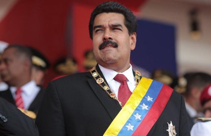 مادورو: سأترك الرئاسة في حال فازت المعارضة