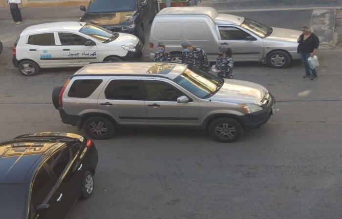 توزيع كمامات على المواطنين في جبيل