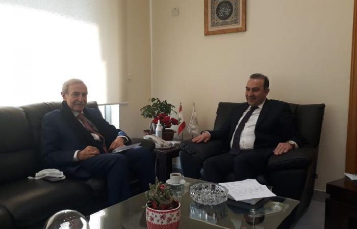 الخليل: مرتضى متفهم لمطالب مزارعي الزيتون