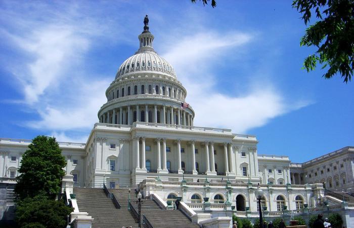 """""""الجمهوريّون"""" على بعد مقعد واحد من مجلس الشيوخ"""