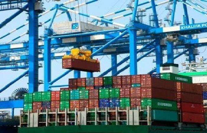 كندا تغلق تحقيق دعم ضد صادرات ألواح الفولاذ الإماراتية