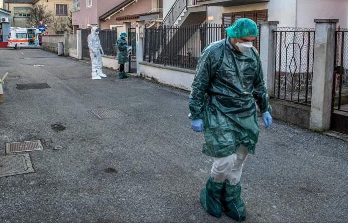 """إيطاليا: 15774 إصابة جديدة بـ""""كورونا"""" و507 وفيات"""