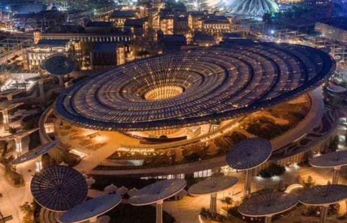 """الإمارات تؤكد استعدادها لإقامة """"إكسبو"""" في أكتوبر المقبل"""