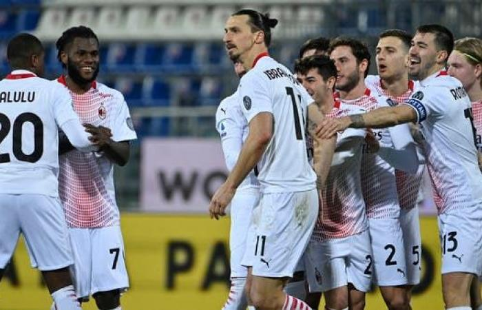 إبراهيموفيتش يقود ميلان للانفراد بصدارة الدوري الإيطالي