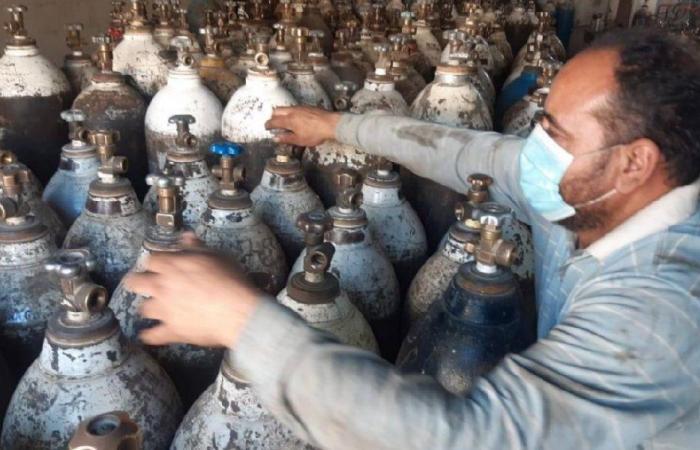 الأوكسيجين في السوق السوداء ولبنان يختنق