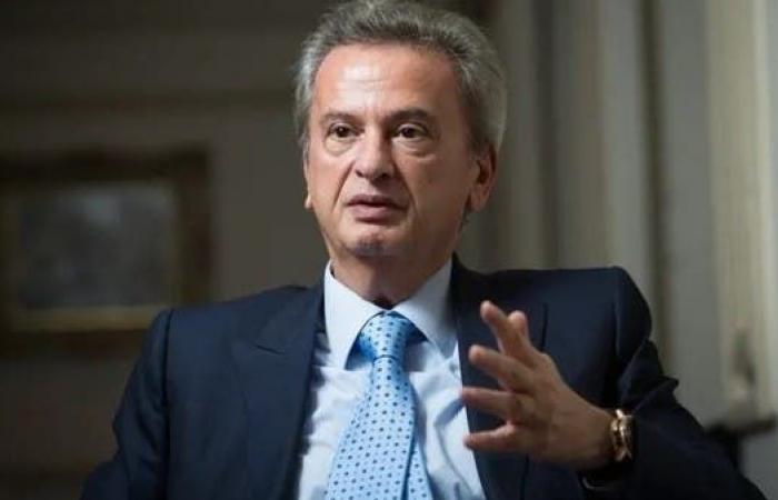 مدعي عام التمييز اللبناني يستمع إلى حاكم المصرف المركزي
