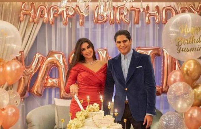 أبوهشيمة يحتفل بعيد ميلاد ياسمين صبري بطريقة مميزة.. النجمة المصرية وثقت الحفل بفيديو وظهرت بإطلالة فخمة