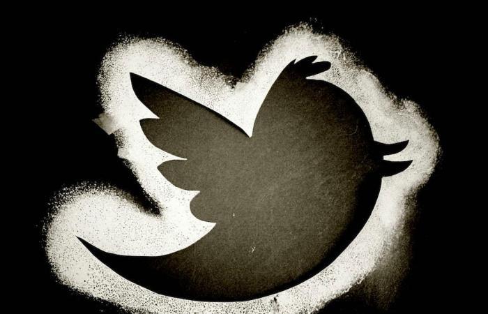 تويتر يدرس خدمة تجعلك تدفع أموالاً.. فهل تقبل؟