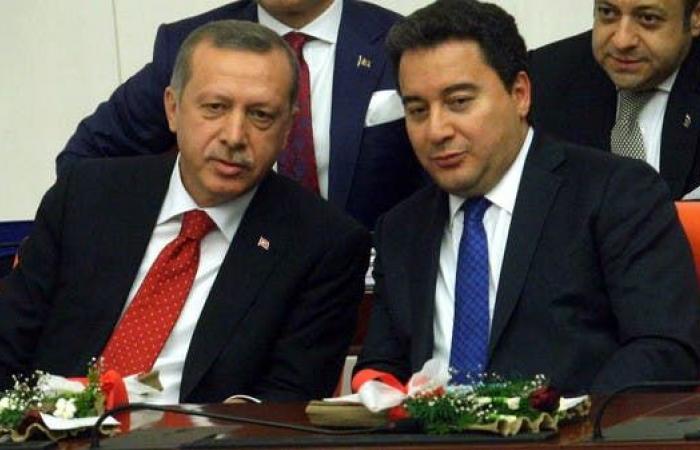 """باباجان لأردوغان: توقف عن وصف الجميع بـ """"الخائن"""""""