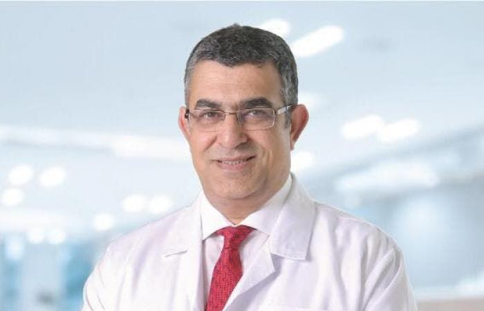 جراح أعصاب يتحدث للعربية.نت عن النصائح الذهبية لعلاج آلام الرقبة والظهر