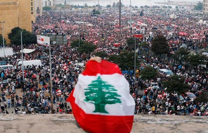 اجتماعات مكوكية لمجموعات الثورة… ما جديدها؟