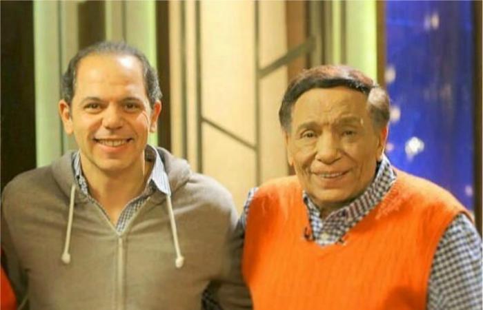 """فيديو- ما هو أول تعليق للزعيم على عرض مسرحية """"بودي جارد""""؟... رامي إمام يجيب"""