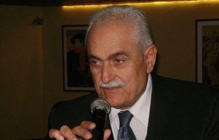 عسيران يعتذر من اللبنانيين: تسجلت على المنصة لأخذ اللقاح