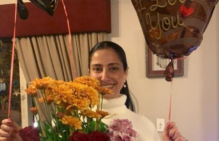 حنان مطاوع تحتفل بعيد ميلادها مع أسرتها... هكذا أخفت ملامح ابنتها