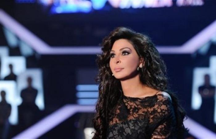 """""""بودكاست"""" (3)- إليسا تفتح النار على السياسيين في لبنان: طلعتوا على جثثنا واستغليتوا الدين لتفرقونا"""