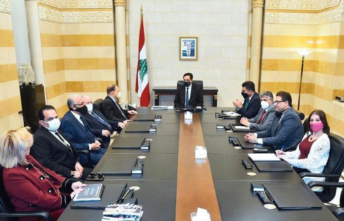 """دياب بحث مع أيوب في موازنة """"اللبنانية"""" وتأمين اللقاحات للطلاب"""