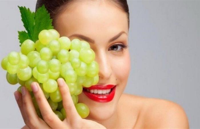 العنب يحمي البشرة من الأشعة الضارة