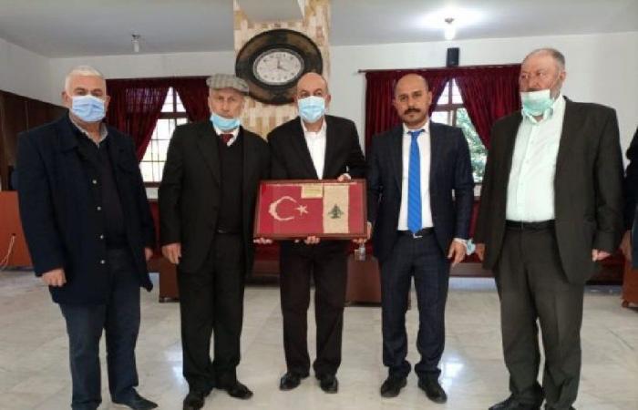 جولة للسفير التركي في قرى عكارية