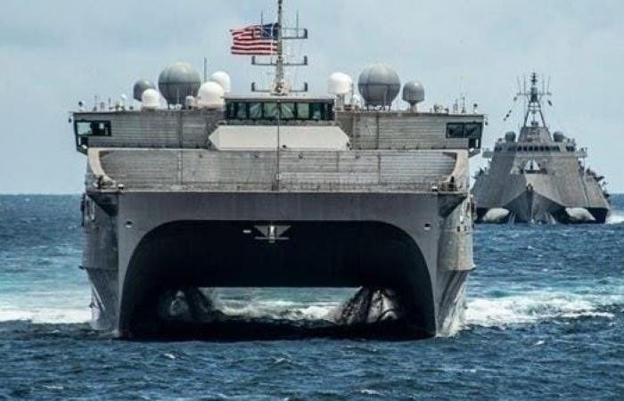 بعد عقود.. 3 سفن حربية أميركية في السودان